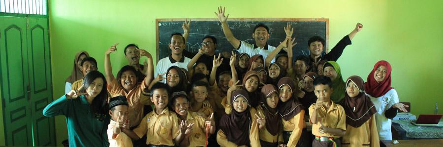 Peringati Hari Mangrove Sedunia, Yayasan IKAMaT Mengajar Mangrove di MI Al Hidayah