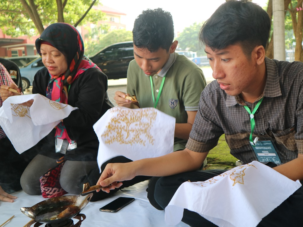 Paket Pelatihan Batik Mangrove